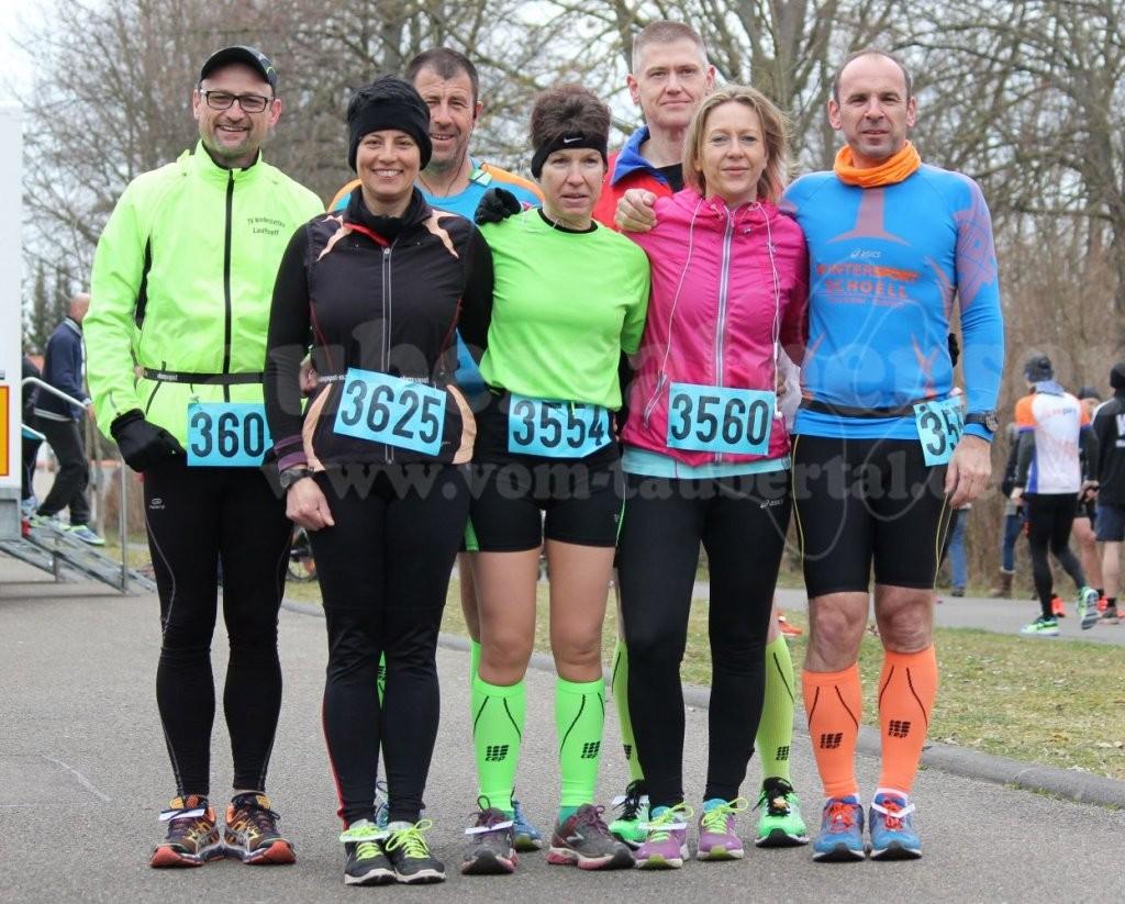 steide runners beim Start des Weinturmlauf