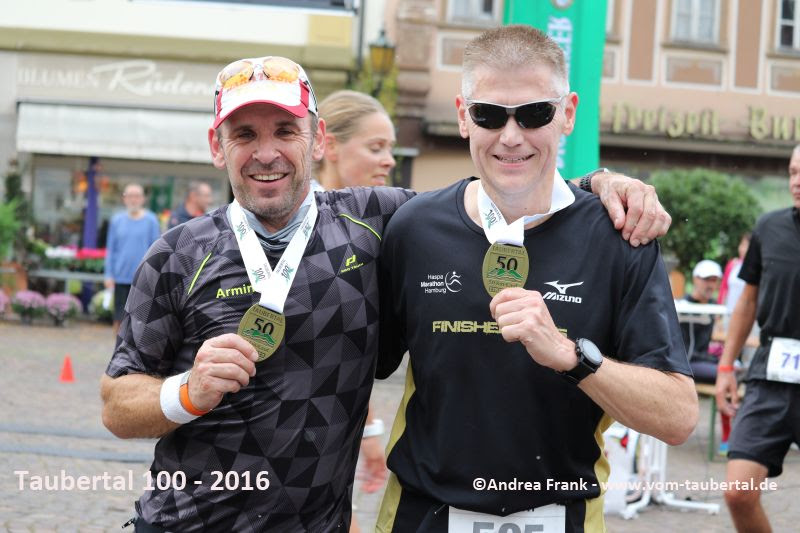 Armin und ich im Ziel in Bad Mergentheim - Ultramarathon finished!